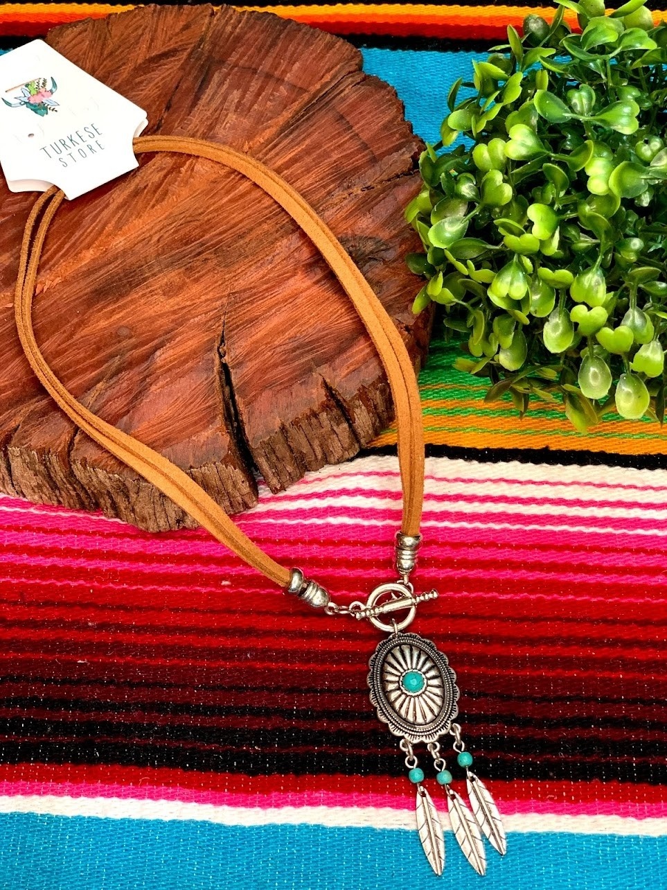 COLAR CONCHO FEATHERS